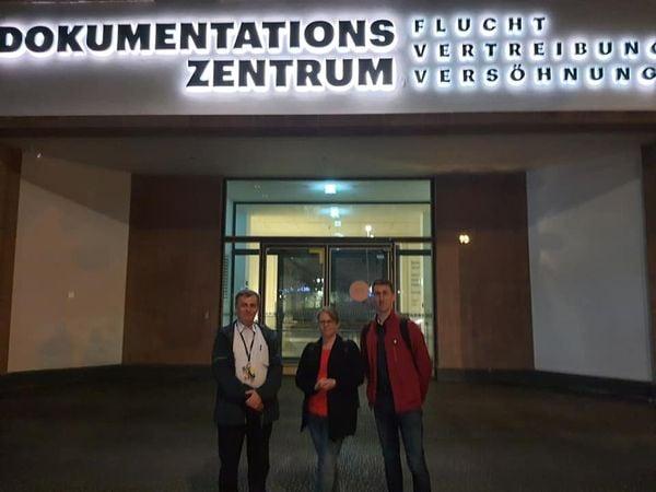 """AGDM besucht das Dokumentationszentrums """"Flucht, Vertreibung, Versöhnung"""
