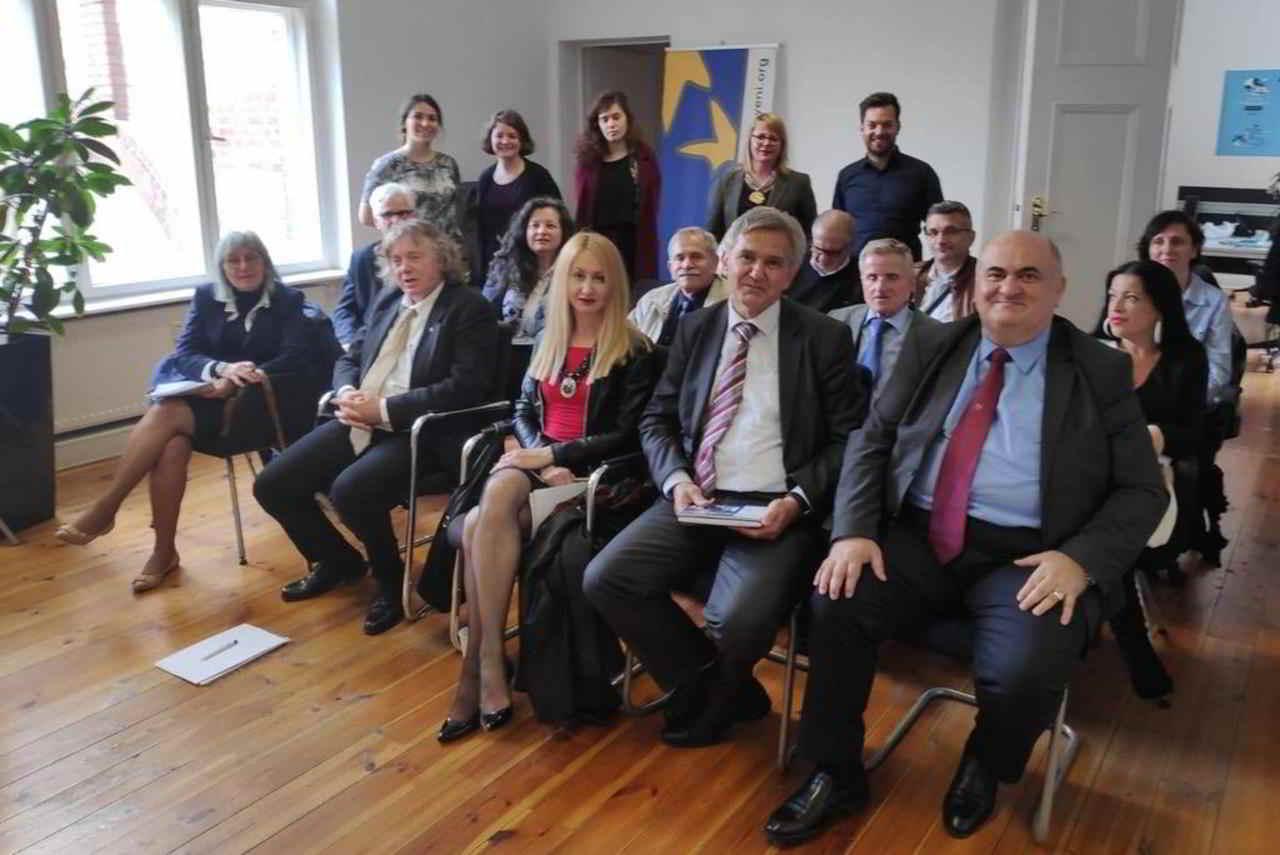 Minderheiten aus Bosnien und Herzegowina besuchen das FUEN Büro in Berlin