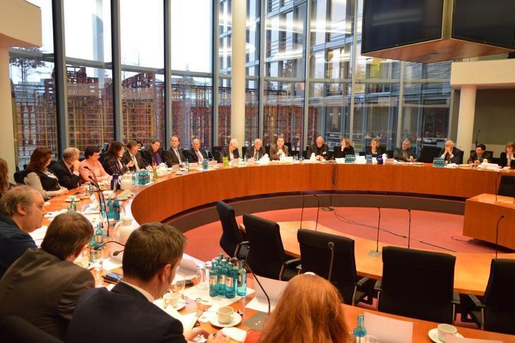 Gesprächsaustausch der AGDM mit Haushaltsberichterstattern für das Innenministerium und das Auswärtige Amt
