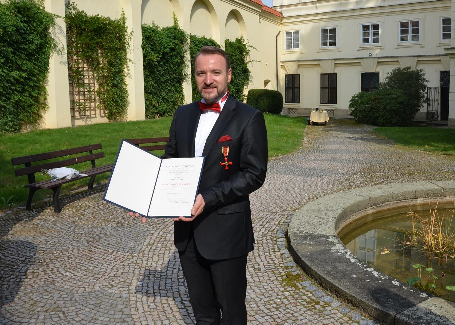 Martin Dzingel Mit Bundesverdienstkreuz Geehrt