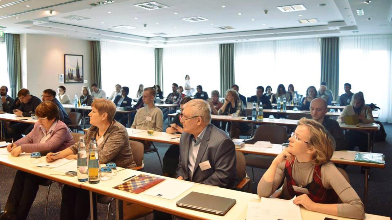 """Kulturhistorisches Seminar 2021: """"Kultur – Zivilgesellschaft – Wissenschaft: international"""""""